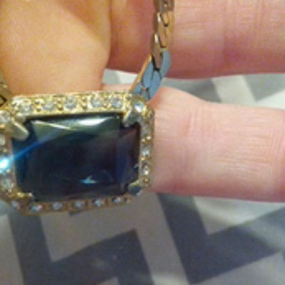 Jewelry - Old fashion from grannys closet